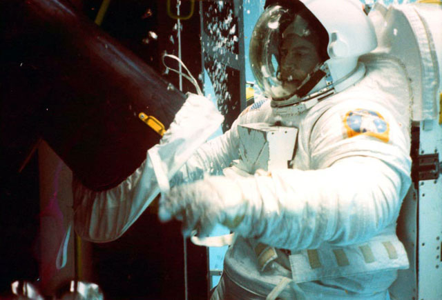 Homer at work in the Marshall Space Flight Center Neutral Buoyancy Simulator in 1992.